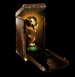 louis-vuitton-fifa-worldcup-trophy-2010-travel-case